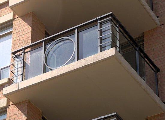 130 Pond Drive -Glass Railings