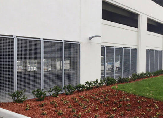 Lakeland Regional MC – Screen Walls