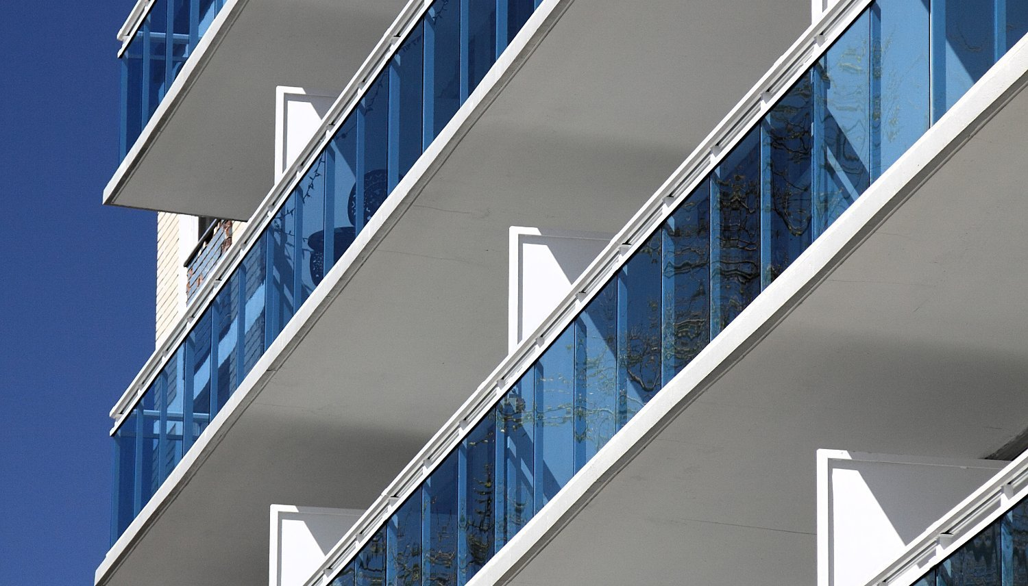 22 Walmer Apartments with Blue Glass Railings