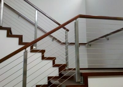 Stainless Steel Cable Railing with Wood Top Rail
